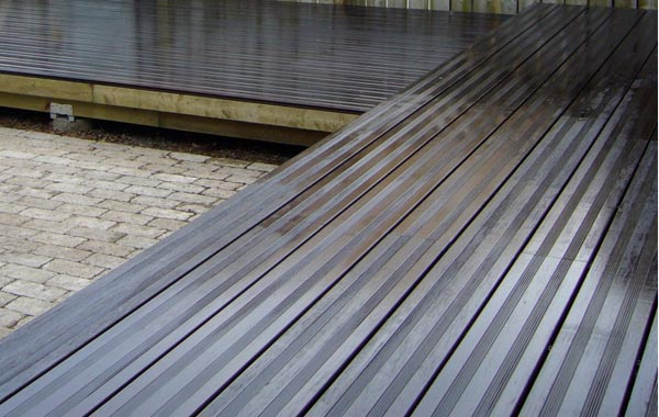 outdoor bamboo decking
