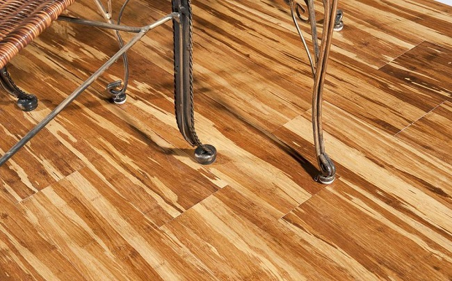 Flavoring Your Living-room with Bamboo Flooring